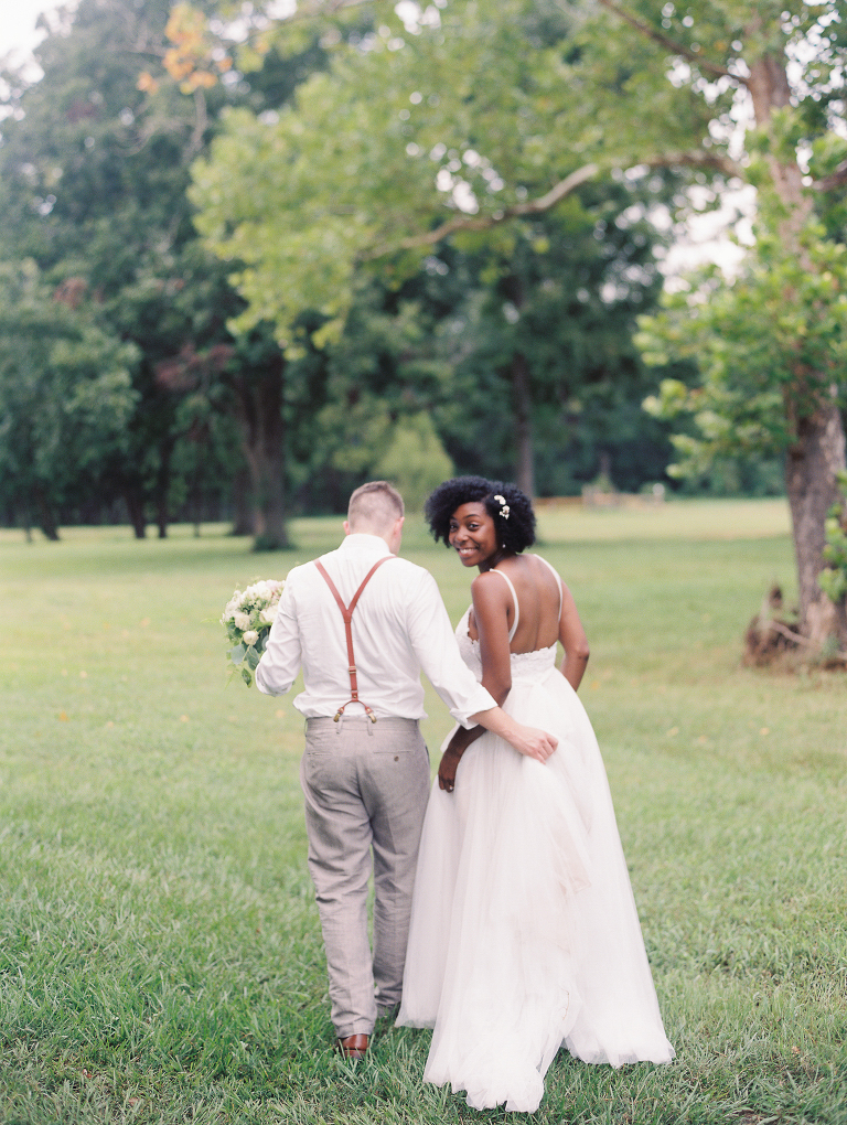 simple-natural-light-texas-wedding20